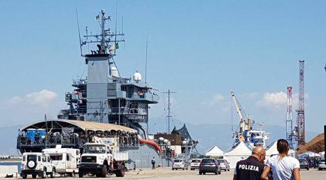 923 migranti nel porto di Corigliano